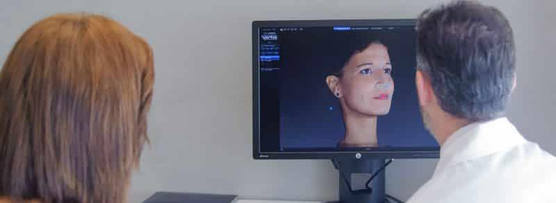 Operación de nariz, rinoplastia, visita en consulta